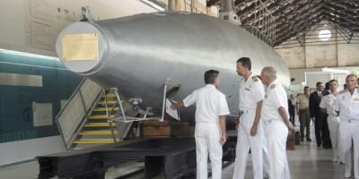 20130912_el-principe-inaugura-en-el-museo-naval-de-cartagena-la-sala-del-submarino-pe